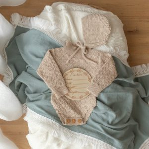 Ziggy Lou SEAMIST SWADDLE WITH CREAM FRINGE