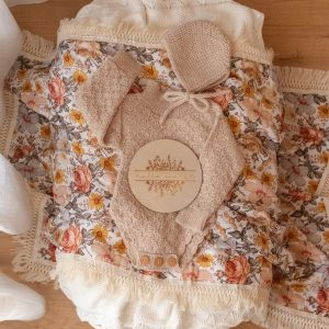 Ziggy Lou PEACH FLORAL SWADDLE WITH NATURAL FRINGE